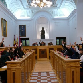 El Pleno de Toledo aprueba por unanimidad la proposición para mejorar y ampliar el servicio de aseos públicos presentada por Ciudadanos (C's)