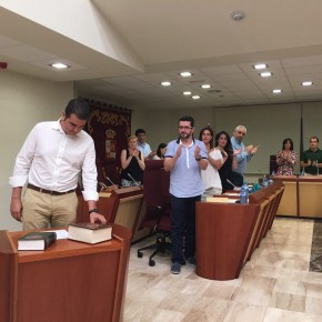 Raúl Casla toma posesión como concejal de Ciudadanos (C's) en el Ayuntamiento de Illescas