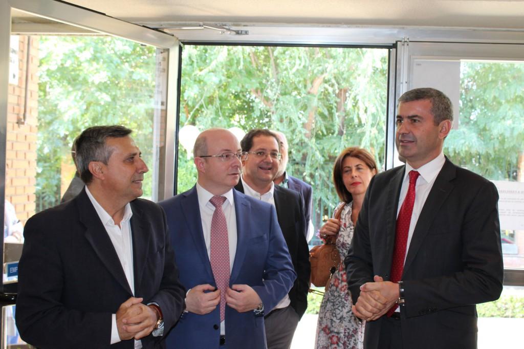 El Diputado Provincial, Antonio López, ha visitado la Residencia Asistida San José con motivo del Día Internacional del Alzheimer.
