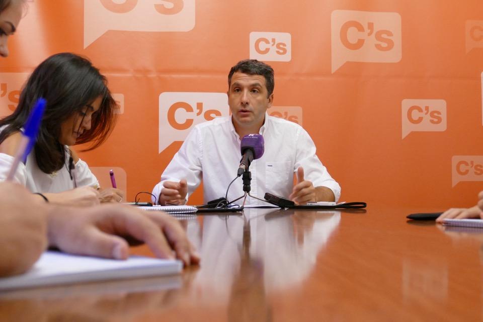 """Esteban Paños: """"El cumplimiento de los acuerdos de Gobierno y del Pleno es una cuestión prioritaria para Ciudadanos"""""""