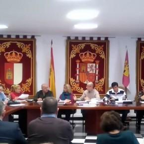 Los concejales de Ciudadanos (C´s) Casarrubios del Monte votan a favor de la reprobación del Concejal del PSOE que insultó a una periodista