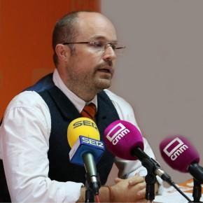 """Alejandro Ruiz: """"Pedimos al PP y al PSOE que cumplan con el pacto antitransfuguismo que ambos firmaron y que ninguno está cumpliendo"""""""
