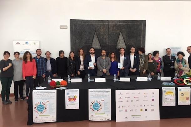 """Esteban Paños asiste a la presentación de las III Jornadas de Convivencia """"Barrio en Transparente y Saludable"""""""