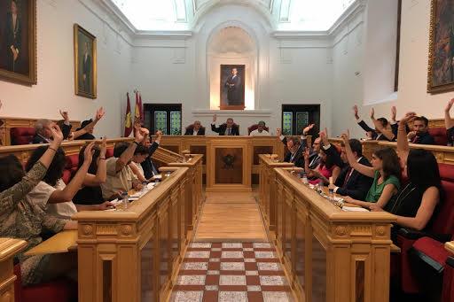 El Pleno de Toledo aprueba por unanimidad la moción de Cs en defensa de los usufructuarios del aparcamiento del Miradero