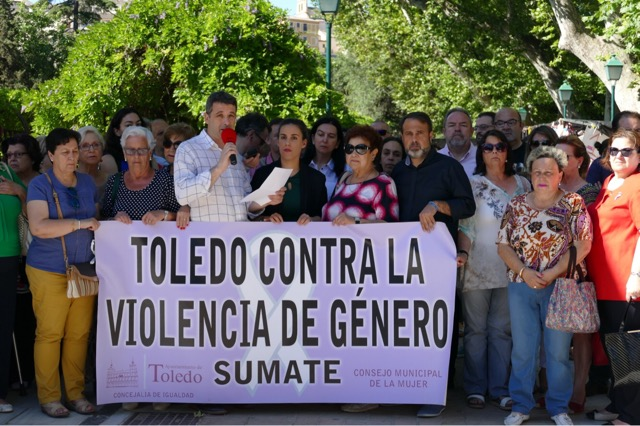 """Esteban Paños: """"Ni como sociedad ni como Estado podemos irnos a dormir tranquilos mientras continúe la violencia machista"""""""