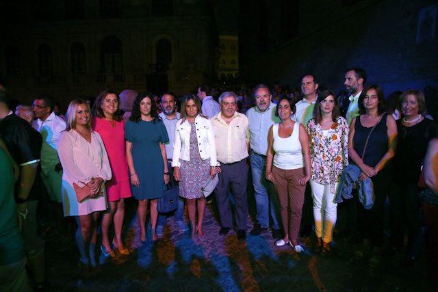 Isabel Martín de Eugenio asiste al pase inaugural de Luz Toledo 2017