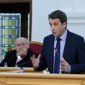 """Esteban Paños: """"La gestión que presenta el gobierno local es una fachada sin terminar"""""""