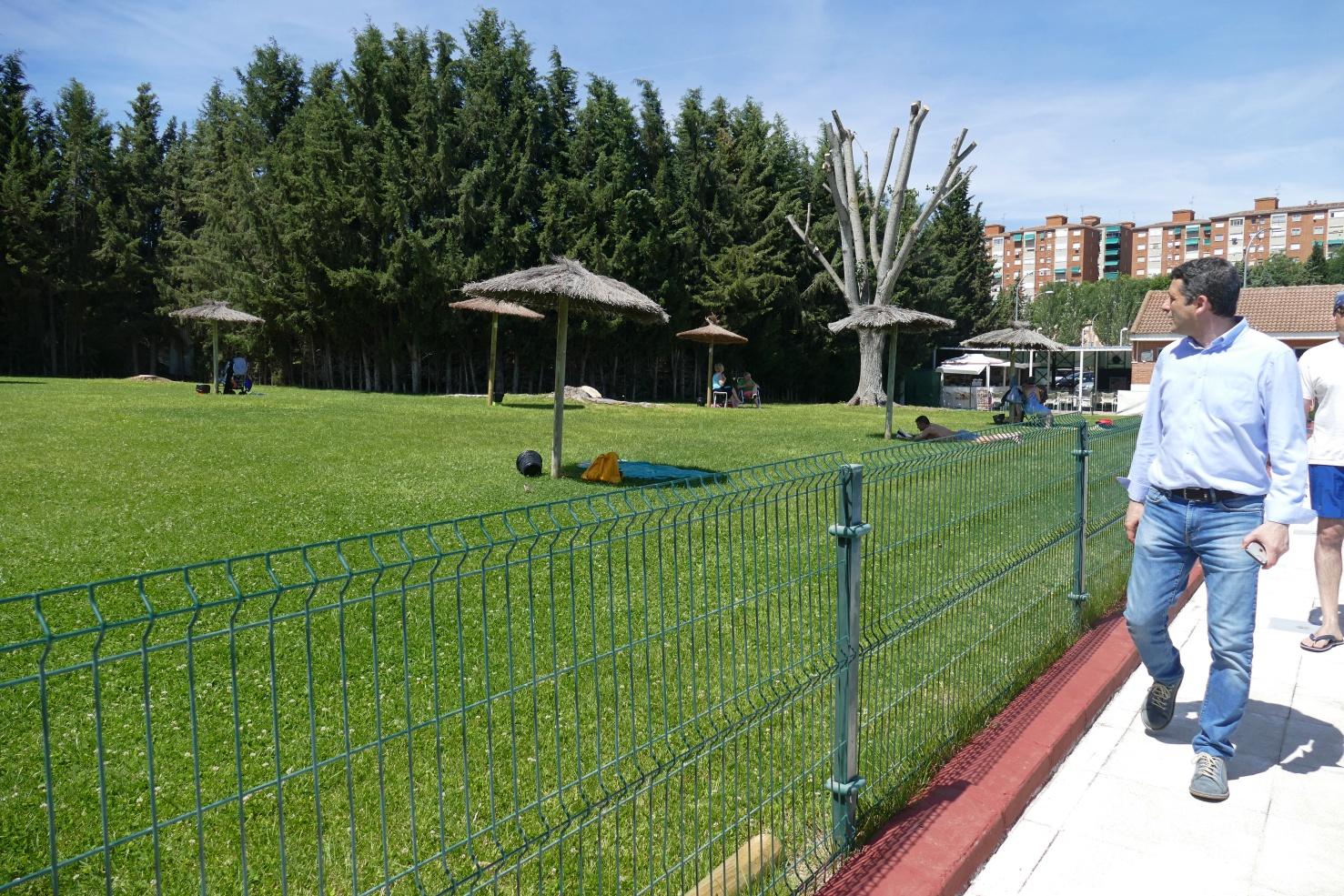 Esteban pa os reclama accesibilidad real en todas las piscinas municipales de toledo - Piscina municipal toledo ...