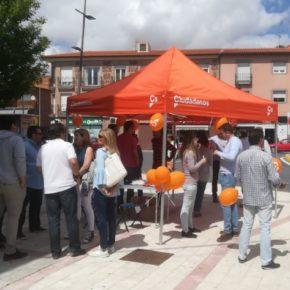 Cs Casarrubios del Monte y Cs Illescas recogen ideas y propuestas de los vecinos en sus carpas ciudadanas