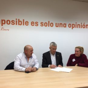 Cs Casarrubios del Monte se reúne con el diputado de Cs Juan Rubio, portavoz en la Comisión de transporte en la Asamblea de Madrid,  para valorar los problemas  de movilidad entre el municipio y la Comunidad de Madrid