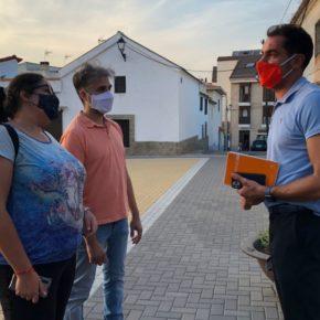 Cs Toledo conoce los problemas de convivencia y falta de seguridad en El Viso de San Juan, con un edificio ocupado en pleno centro